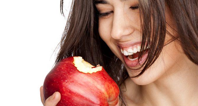 Dietas que benefician tu salud bucal | Polar Ecuador